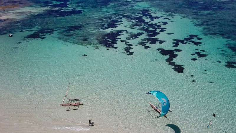 Kitesurfing Diani