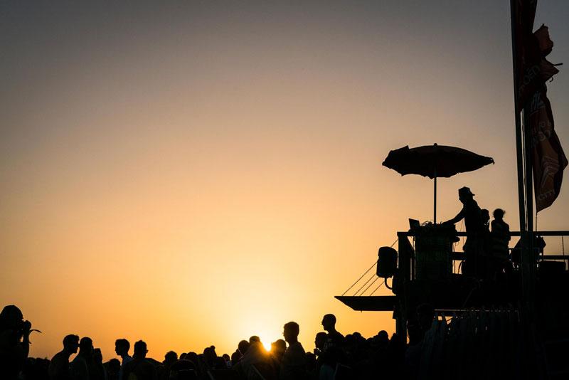 Hang Loose Beach Kiteboarding