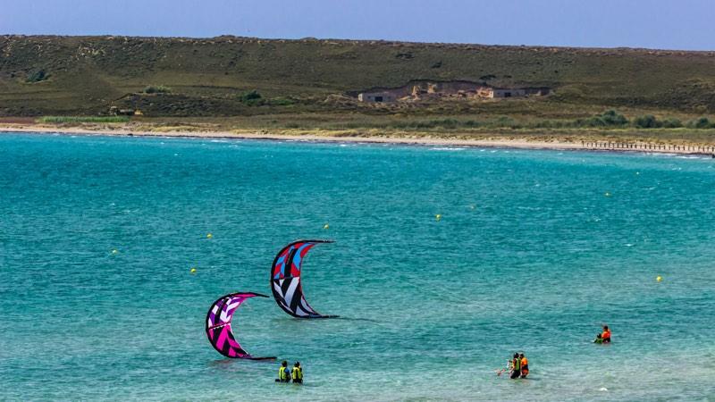 Surf Club Keros kiting