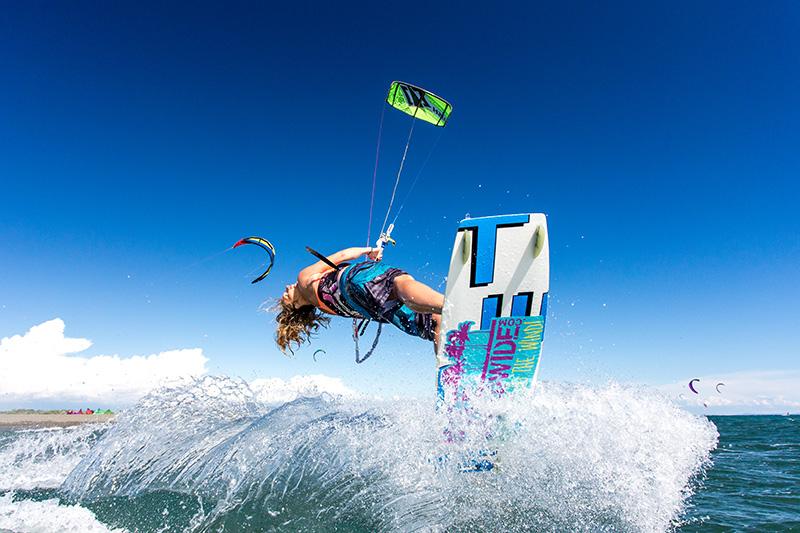 Kitesurfing Ulcinj Montenegro kite trick