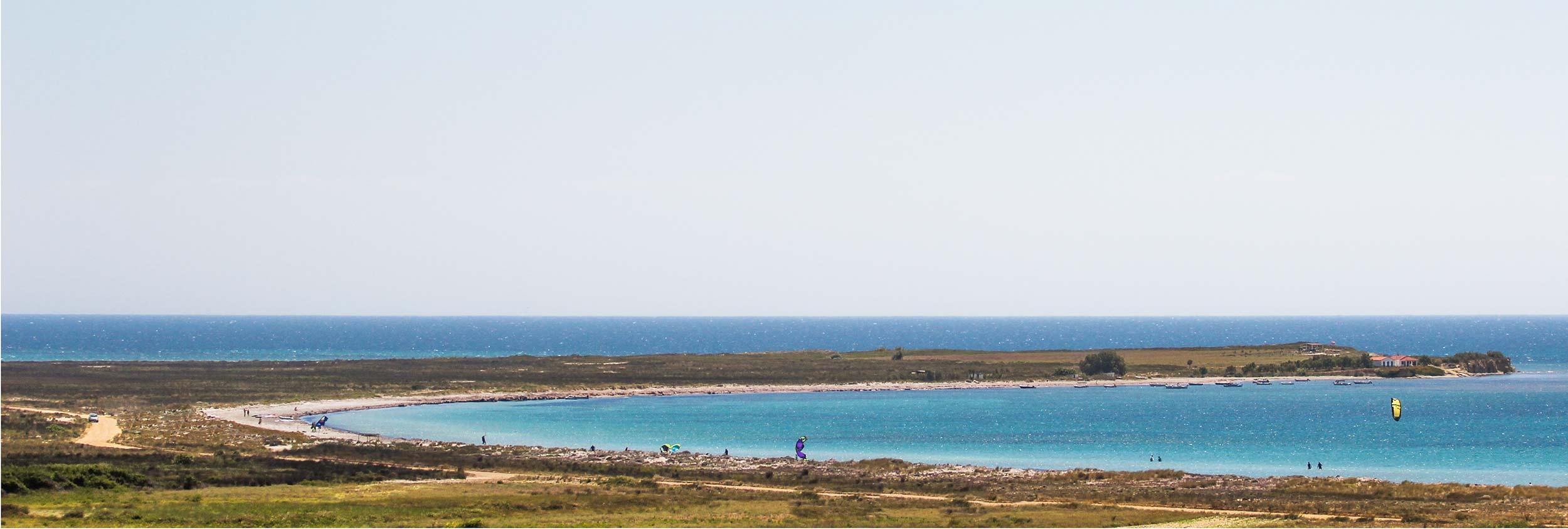 kitesurfing, kiteboarding in Keros bay, limnos, greece with surf club keros
