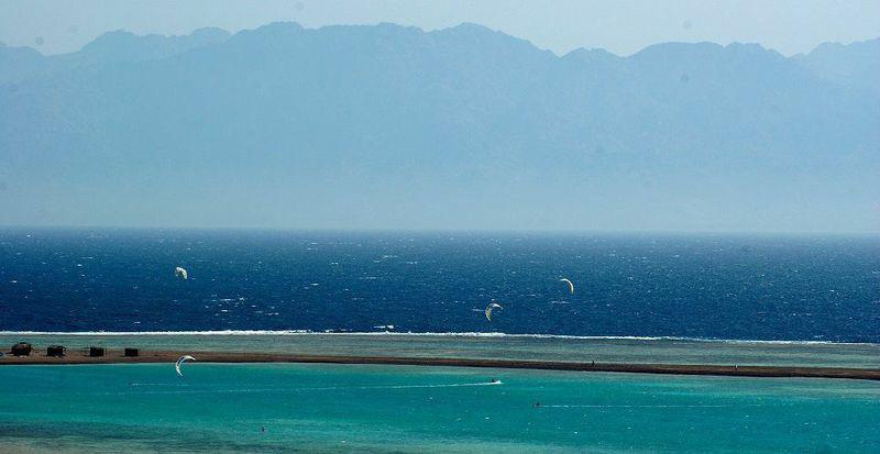 Kitesurfing Egypt Dahab GP Kite School