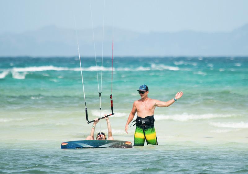 ocean_republic_boracay_teaching_kiteworld_travel