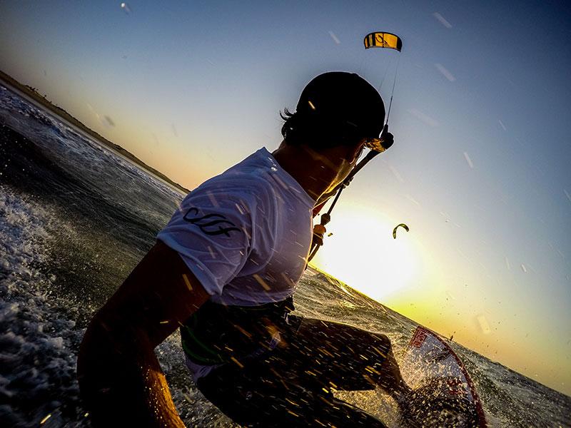 Surfin Sem Fim - Keahi de Aboitiz