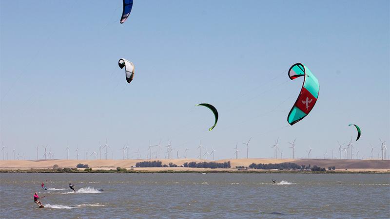 Pittsburg, California Kitesurfing