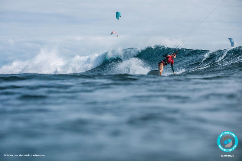 Jalou lines up another lip smack GKA Kite-Surf