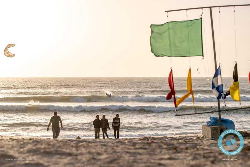 Flags go up - GKA Dakhla