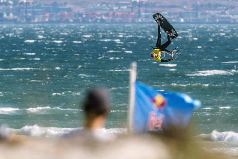 Steven Akkersdijk - Red Bull Megaloop Challenge 2018