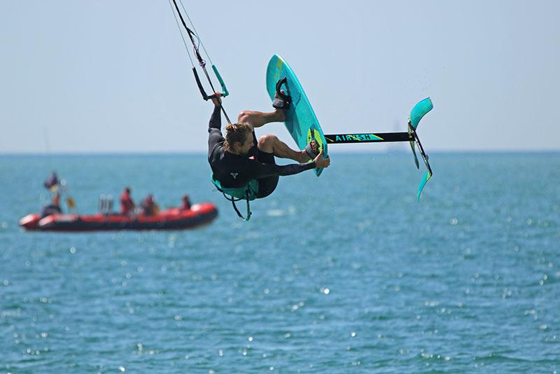 Kitesurfing Armada 2019