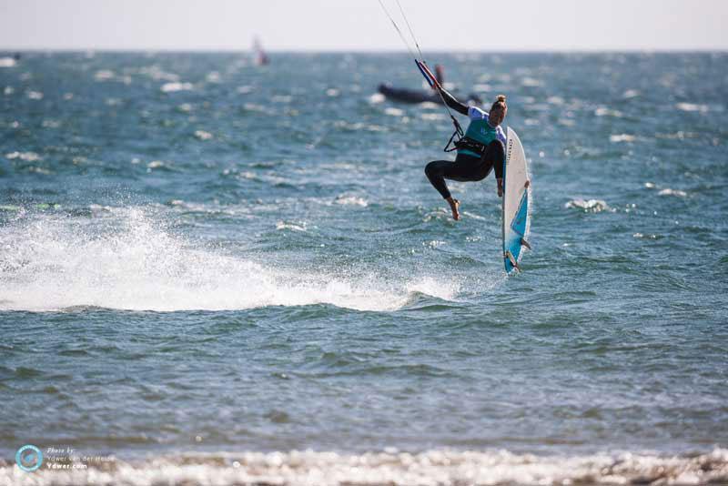 Jalou gets foot loose - GKA Portugal