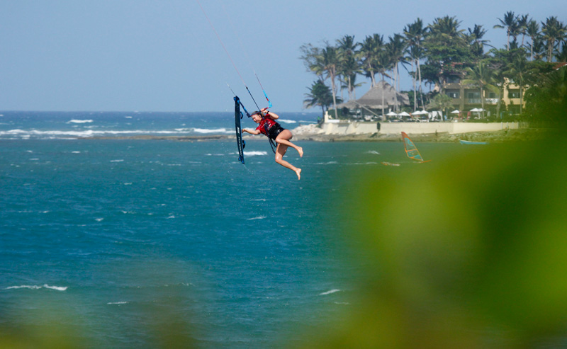 Hannah Whiteley board-off GKA Kiteboarding Air Games Cabarete