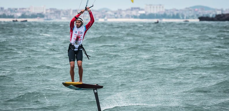 Maxime-Nocher-KiteFoil-Gold-Cup-Pintang-China