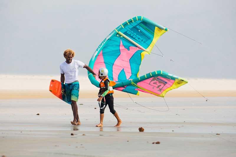 Mitu Monteiro Surfin Sem Fim