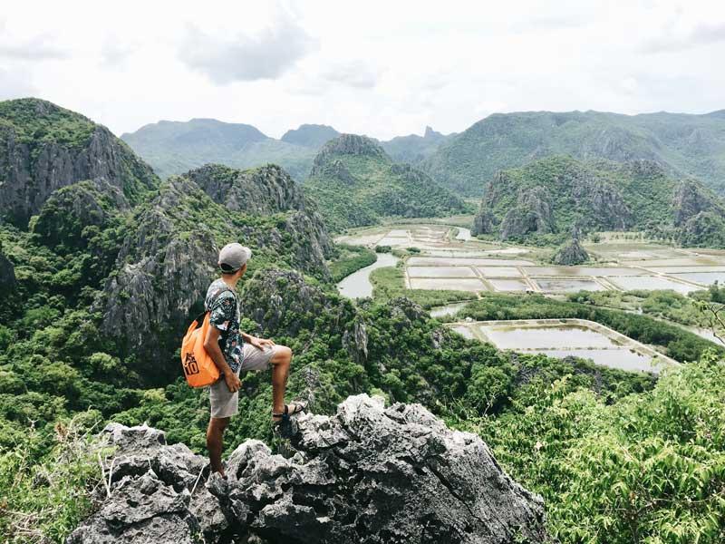 Hiking-in-Sam-Roi-Yot-National-Park