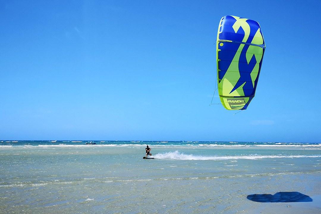 kitesurfing Sulawesi