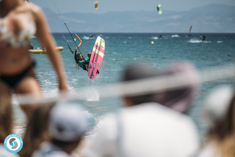 GKA Kite World Tour Tarifa Carla Herrera Oria