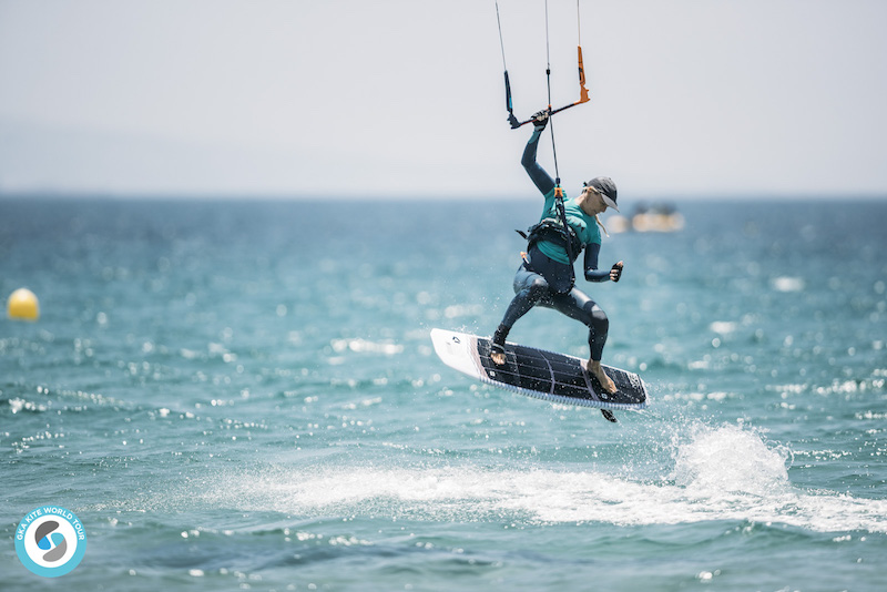 GKA Kite World Tour Tarifa Sabine Buekeleers
