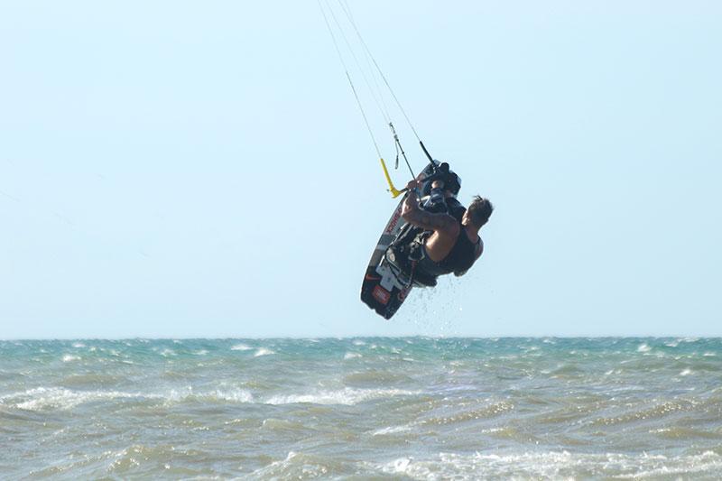 Fernando Fernandez adaptive kitesurfing