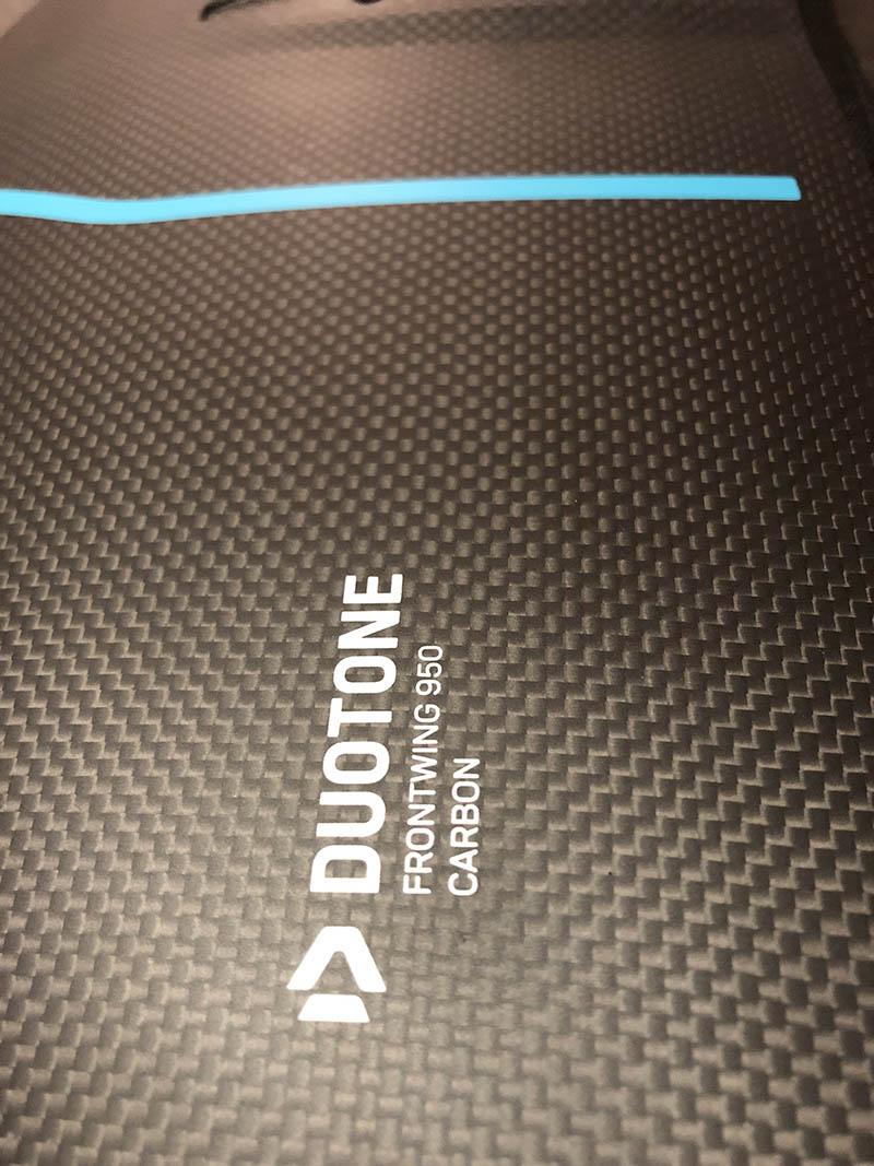 Duotone Carbon Construct
