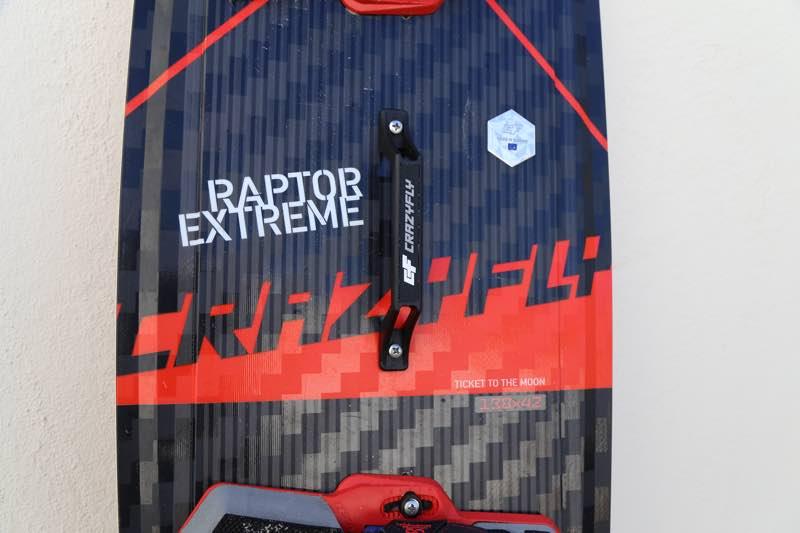 Raptor handle