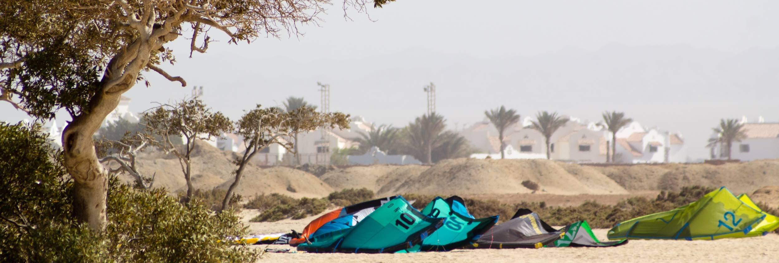 Wadi Lahami remote kite spot