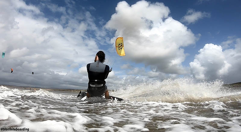 South Wales Travel Guide Kitesurfing