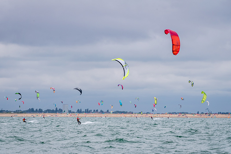 Kitesurfing Armada 2021