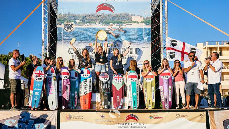 Moroz lands 5th world title
